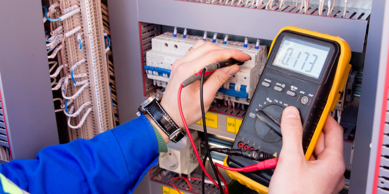 Electrician in Collingwood, Ontario